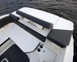Sea Ray SPX 230 Europe Vorschaubild 15