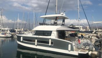 Fountaine Pajot MY 37 - Motoryacht